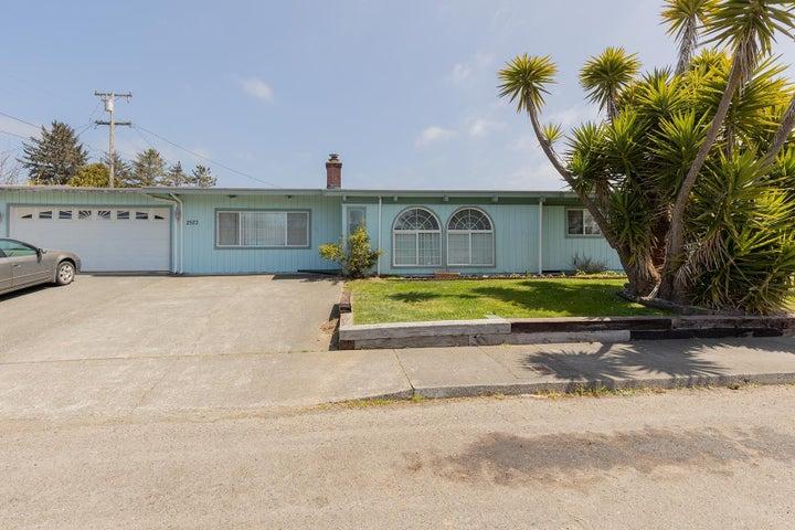 2523 Alder Lane, McKinleyville, CA 95519
