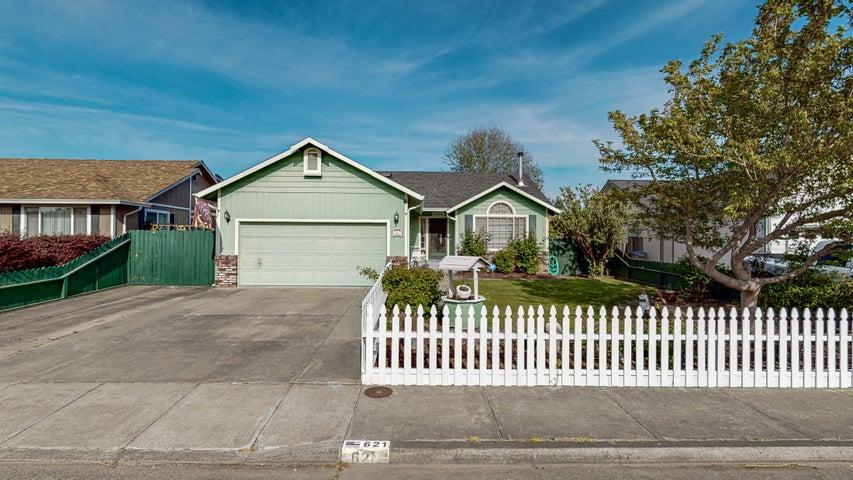 621 Springville Avenue, Fortuna, CA 95540