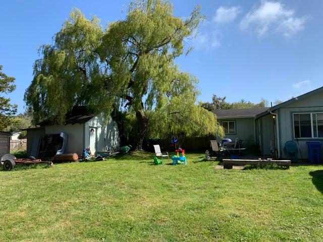 2084 2nd Road, McKinleyville, CA 95519