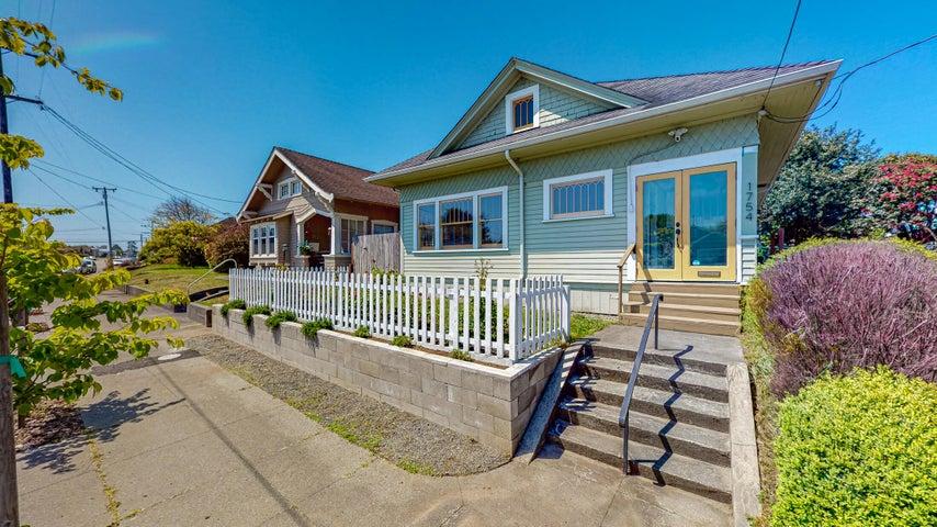 1754 I Street, Eureka, CA 95501