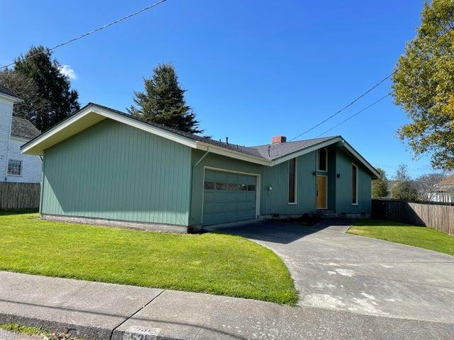 531 Mckinley Avenue, Ferndale, CA 95536