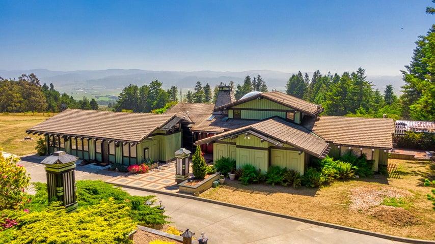 286 Summit View Lane, Fortuna, CA 95540