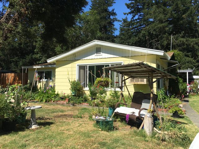 150 Blue Jay Lane, Willow Creek, CA 95573