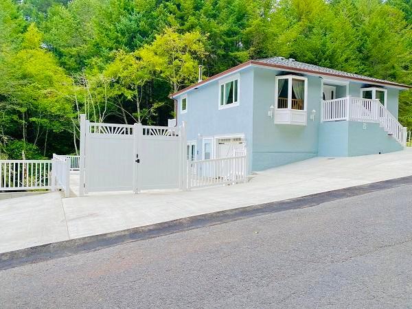 63 Tern Road, Shelter Cove, CA 95589