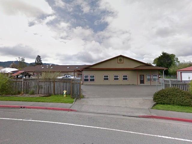 101 Taylor Way, Blue Lake, CA 95525