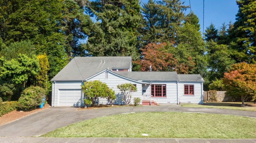 2525 L Street, Eureka, CA 95501