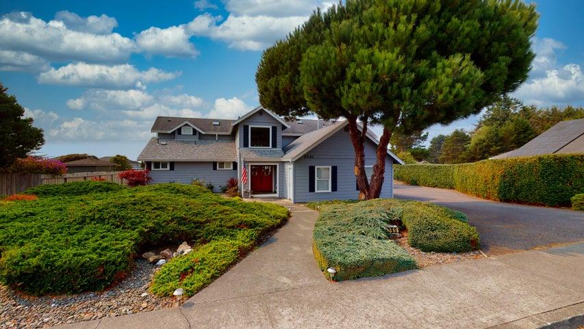 2990 Fortune Street, McKinleyville, CA 95519