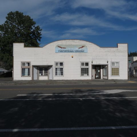 210/220 Wildwood Avenue, Rio Dell, CA 95562