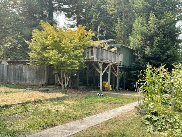 390 South Road, Stafford, CA 95565