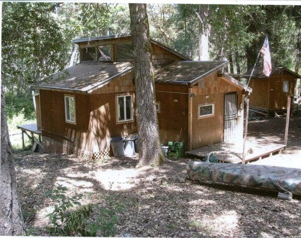 5200 Rancho Sequoia Drive, Alderpoint, CA 95511