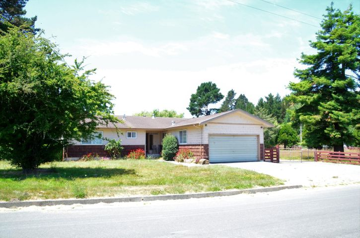 2924 Johnson Road, Hydesville, CA 95547