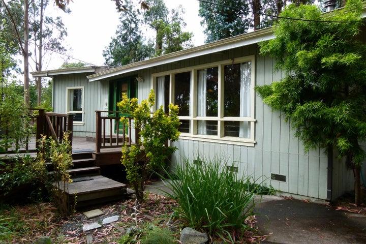 577 A & B Bayside Road, Arcata, CA 95521