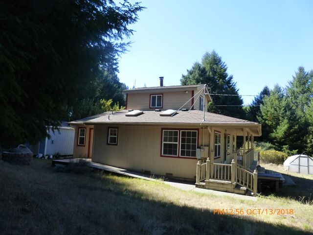 705 Shelter Cove Road, Whitethorn, CA 95589