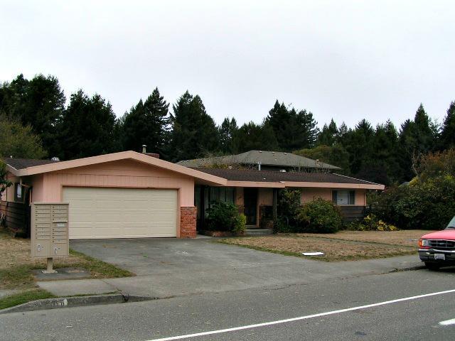4340 Walnut Drive, Eureka, CA 95503