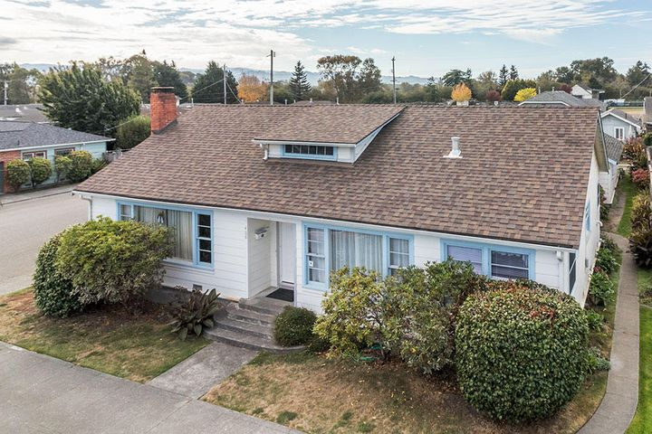 408 10th Street, Fortuna, CA 95540