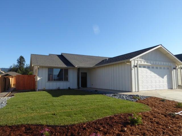 748 Hilltop Drive, Fortuna, CA 95540