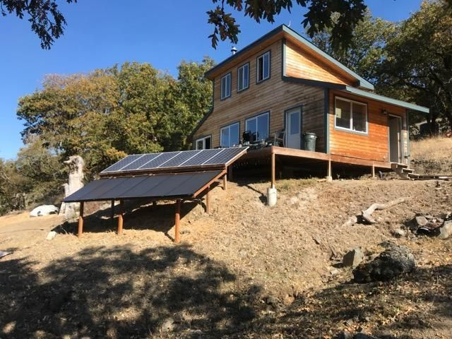 011 County Line Creek Road, Bridgeville, CA 95526