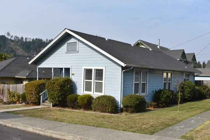 604 First Street, Scotia, CA 95565