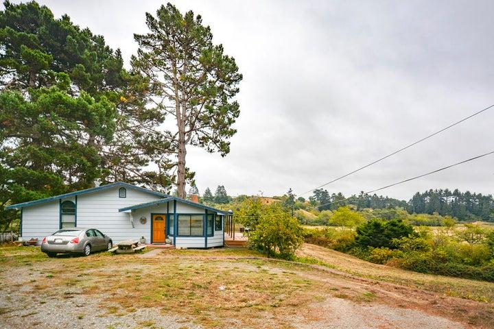 2084 Sunset Road, Eureka, CA 95503