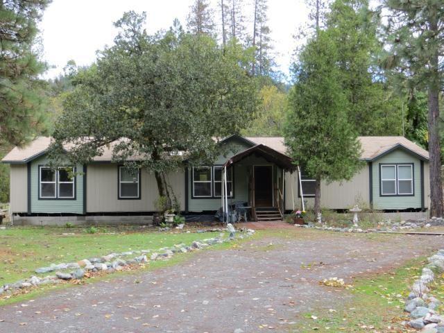 2500 Van Duzen Road, Bridgeville, CA 95526