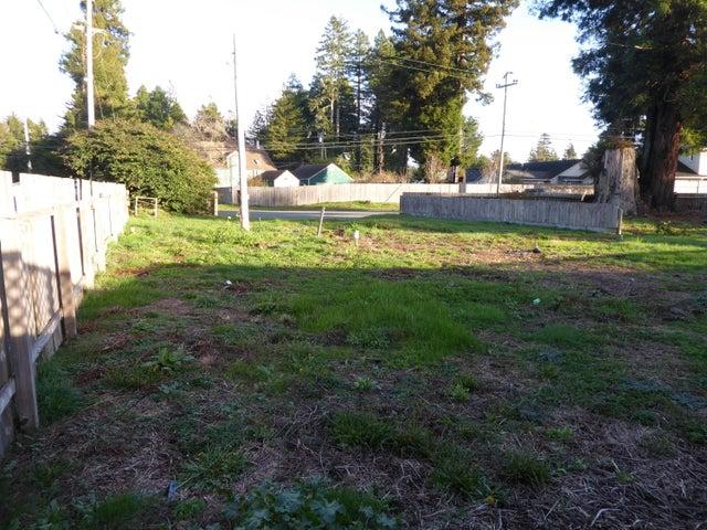6028 Walnut Drive, Eureka, CA 95503