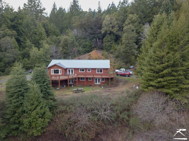 9675 Dyerville Loop Road, Myers Flat, CA 95554