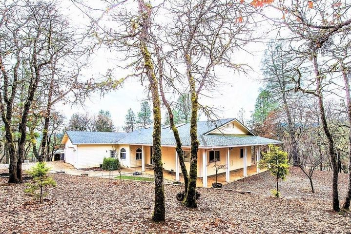 210 Liberty Lane, Weaverville, CA 96093