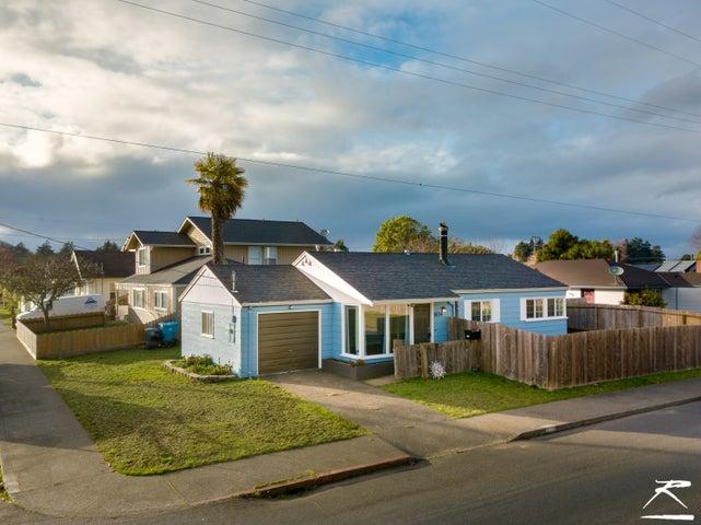 1634 West Avenue, Eureka, CA 95501