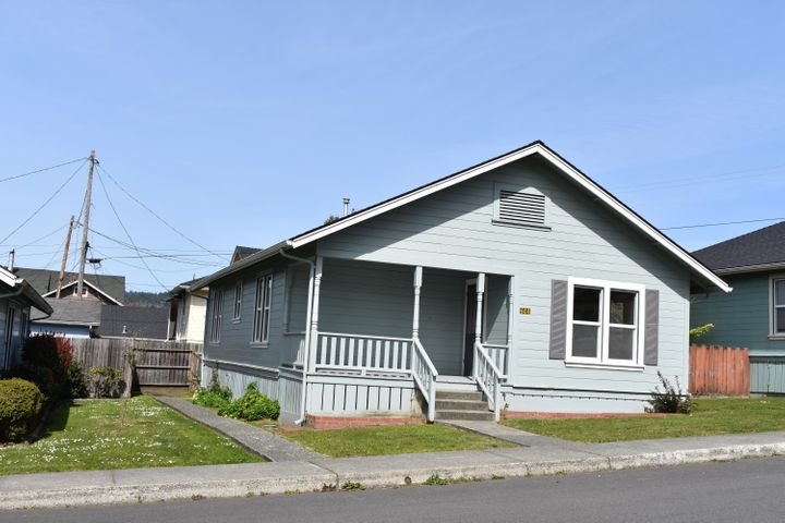 606 First Street, Scotia, CA 95565