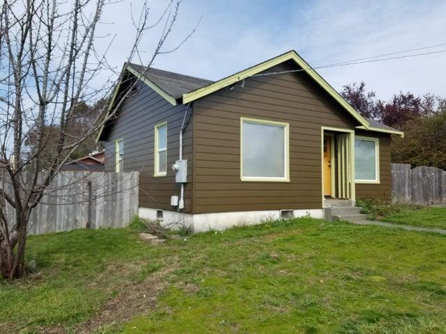 2921 17th Street, Eureka, CA 95501