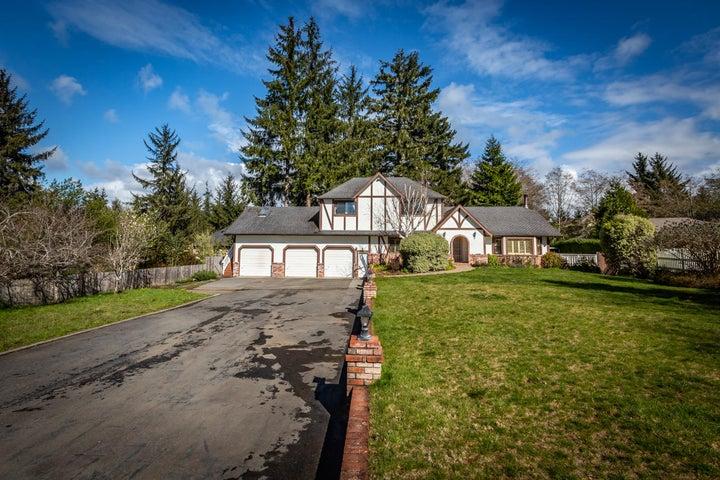 1239 Mccartney Lane, McKinleyville, CA 95519
