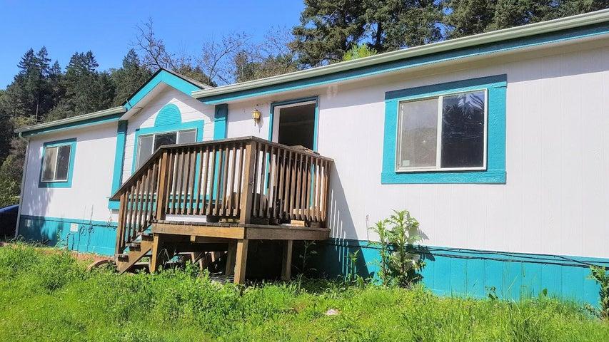 2300 Hwy 96, Willow Creek, CA 95573
