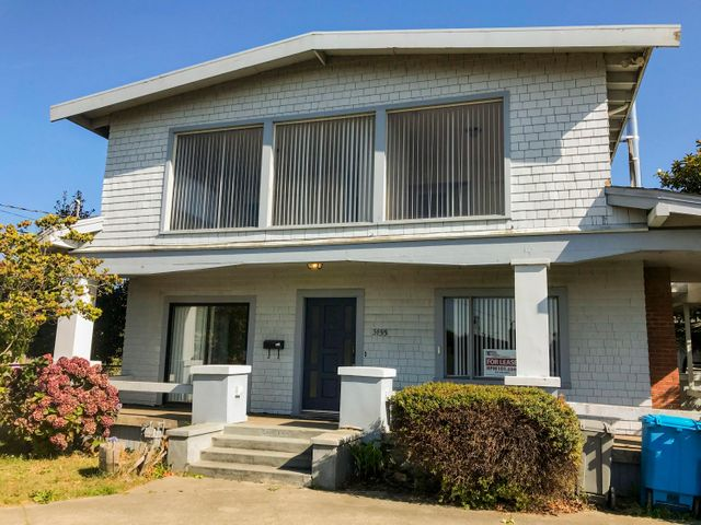 3155 Central Avenue, Eureka, CA 95503