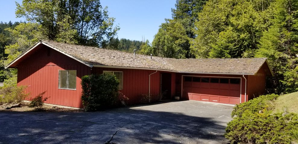 4704 Melody Court, Bayside, CA 95524