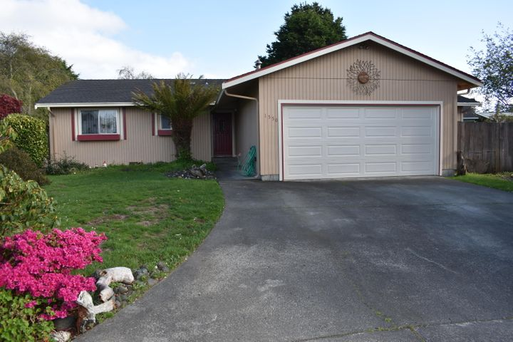 1550 Dena Drive, McKinleyville, CA 95519