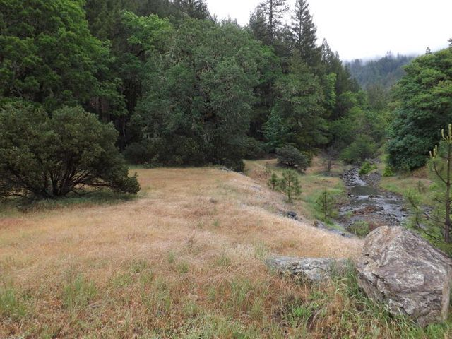 17971 Mad River Road, Bridgeville, CA 95526