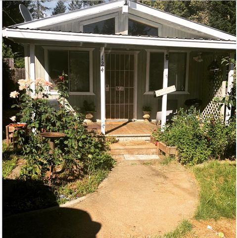 124 B Lane, Salyer, CA 95563