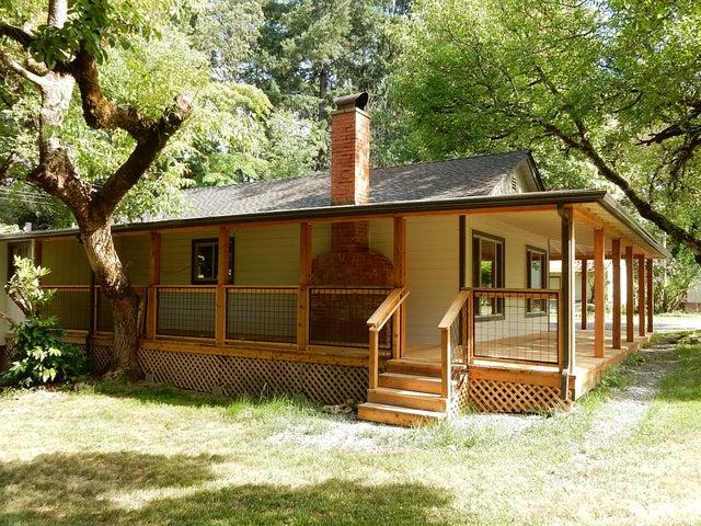 2279 Ca-96 Road, Willow Creek, CA 95573