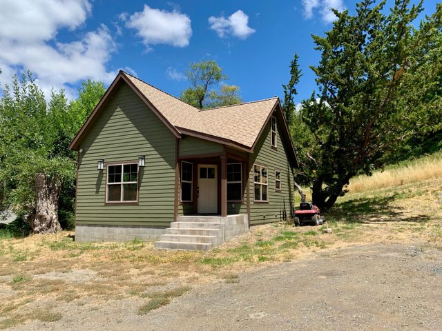 6667 Benbow Drive, Garberville, CA 95542