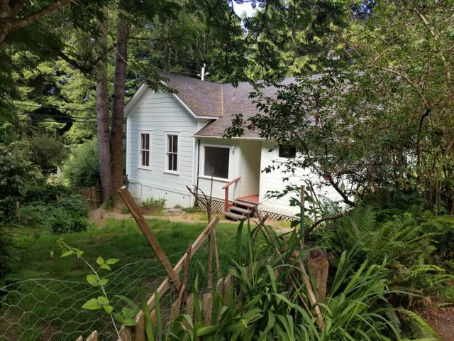 1222 Fickle Hill Road, Arcata, CA 95521