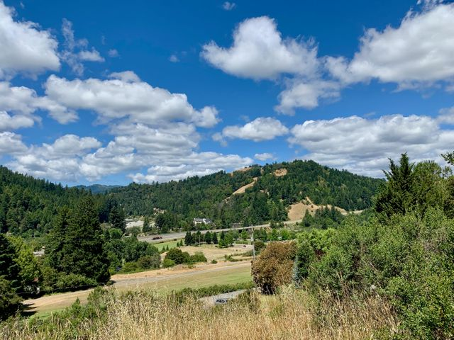 000 Red Rock Road, Garberville, CA 95542