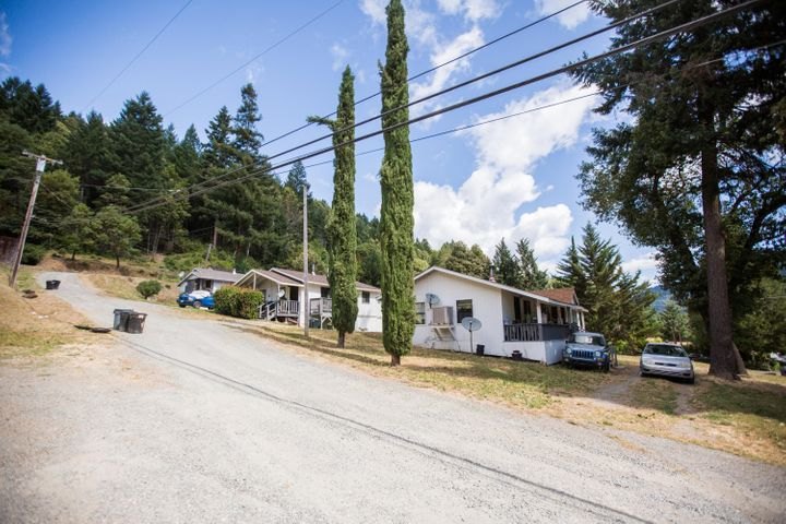 92 Panther Road, Willow Creek, CA 95573