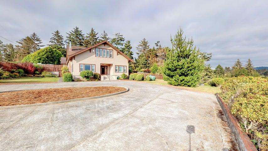 1045 Hawks Hill Road, Loleta, CA 95551