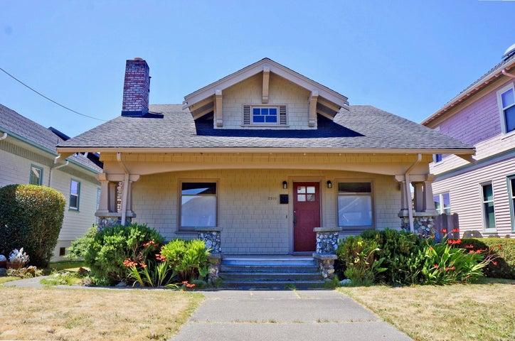 2210 C Street, Eureka, CA 95501