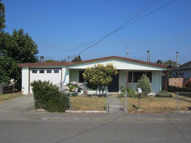 237 Meadowbrook Lane, Fortuna, CA 95540