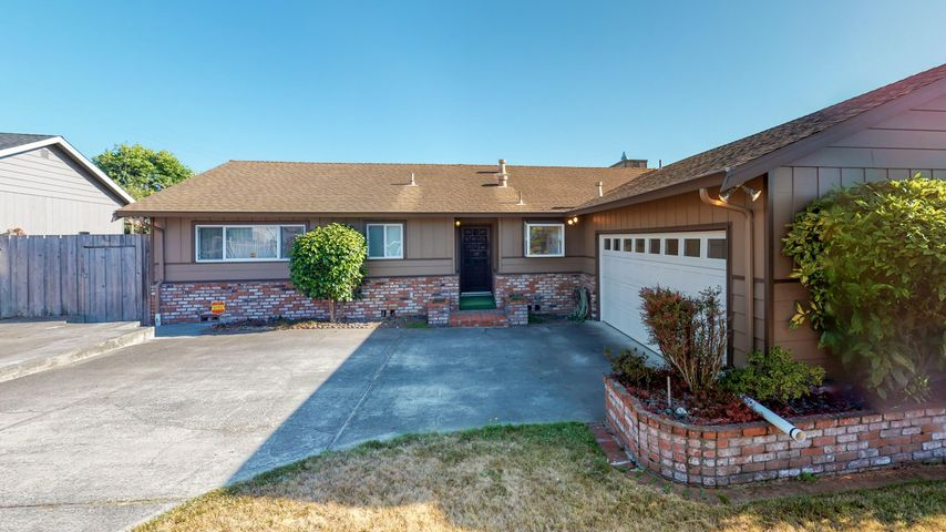 660 Martin Way, Eureka, CA 95503