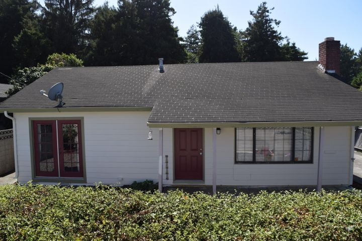1738 Myrtle Avenue, Eureka, CA 95501