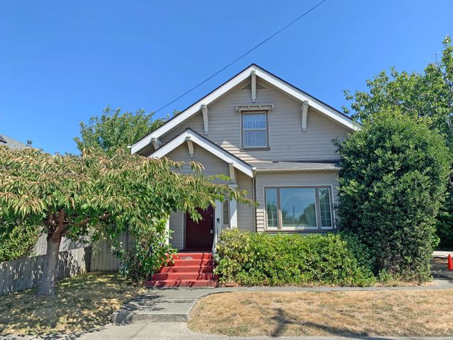 2805 Williams Street, Eureka, CA 95501