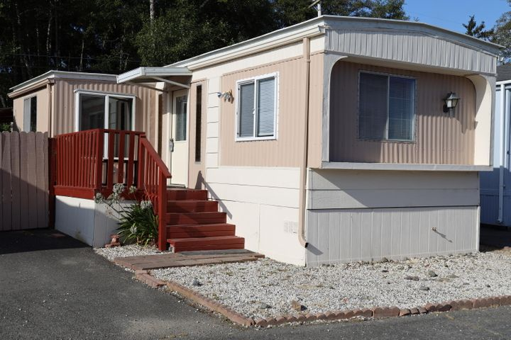 2580 Central Avenue, McKinleyville, CA 95519