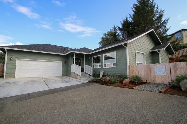 46 Blue Spruce Drive, Eureka, CA 95503